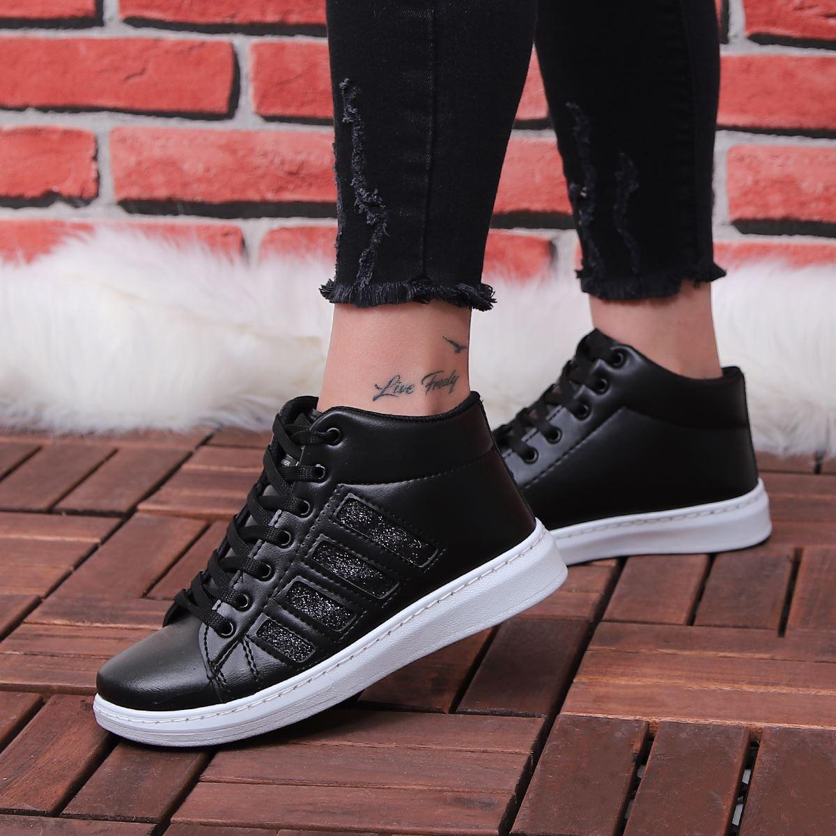 Siyah Tabanı Beyaz Şeritli Spor Ayakkabı AYK155