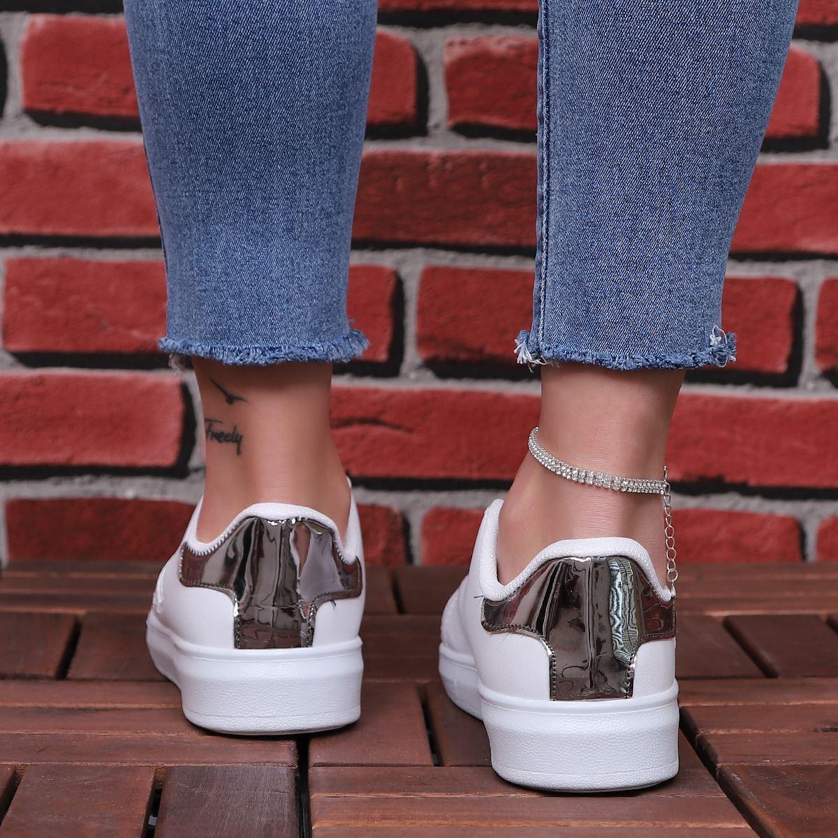 Beyaz Gümüş Şeritli Spor Ayakkabı AYK170