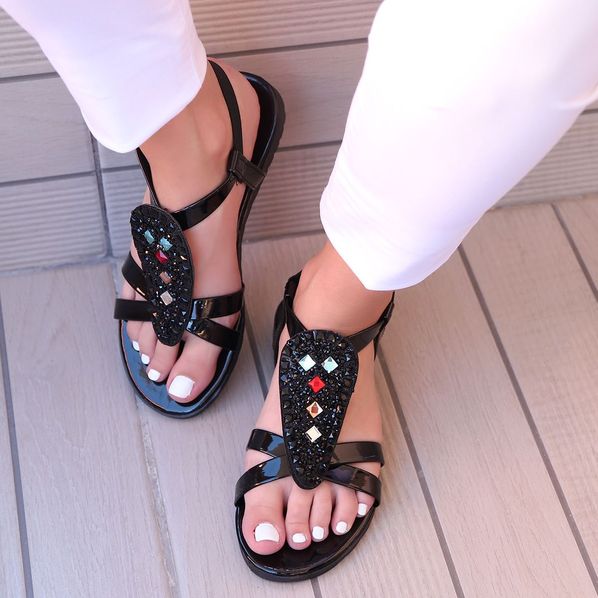 Siyah Taşlı Sandalet SND159