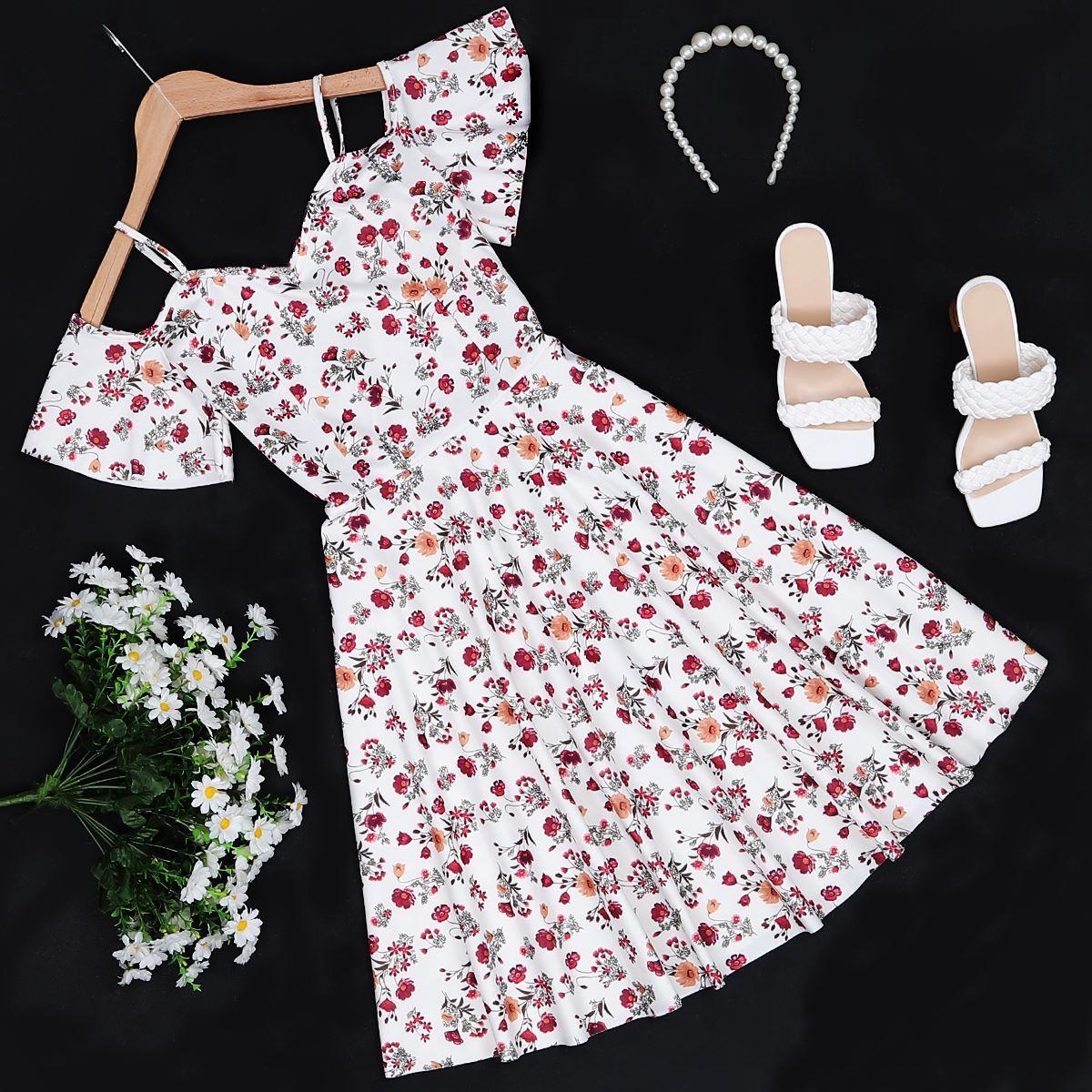 Beyaz Çiçek Desenli Elbise ELB247