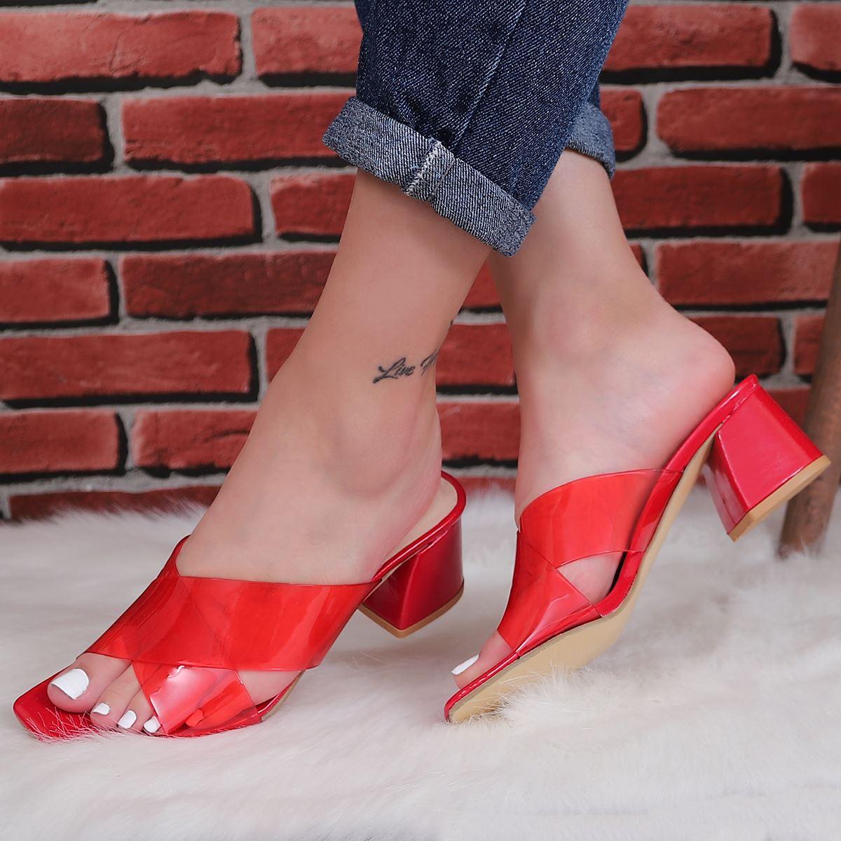 Kırmızı Şeffaf Topuklu Terlik TRL191