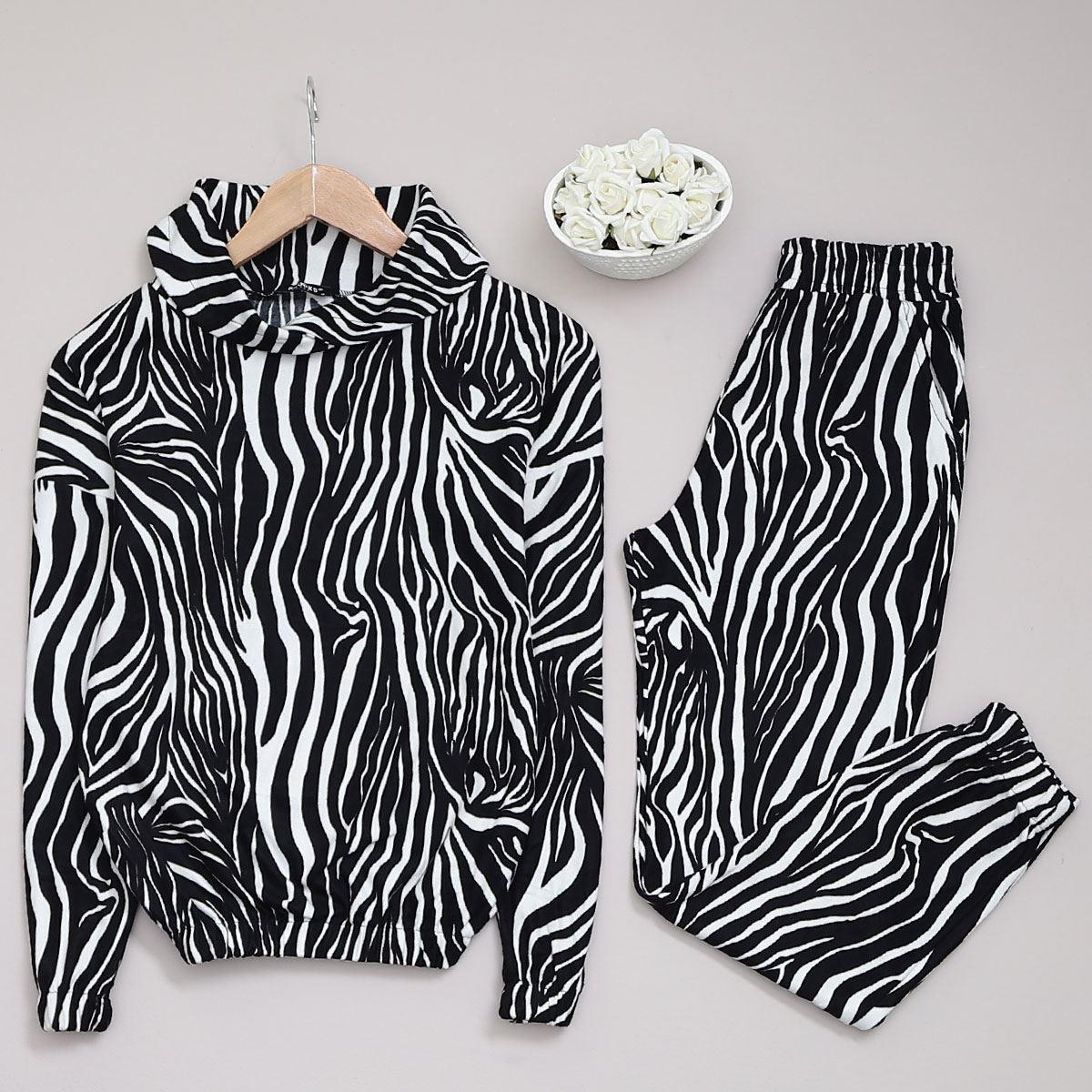 Zebra Desenli Takım TKM990