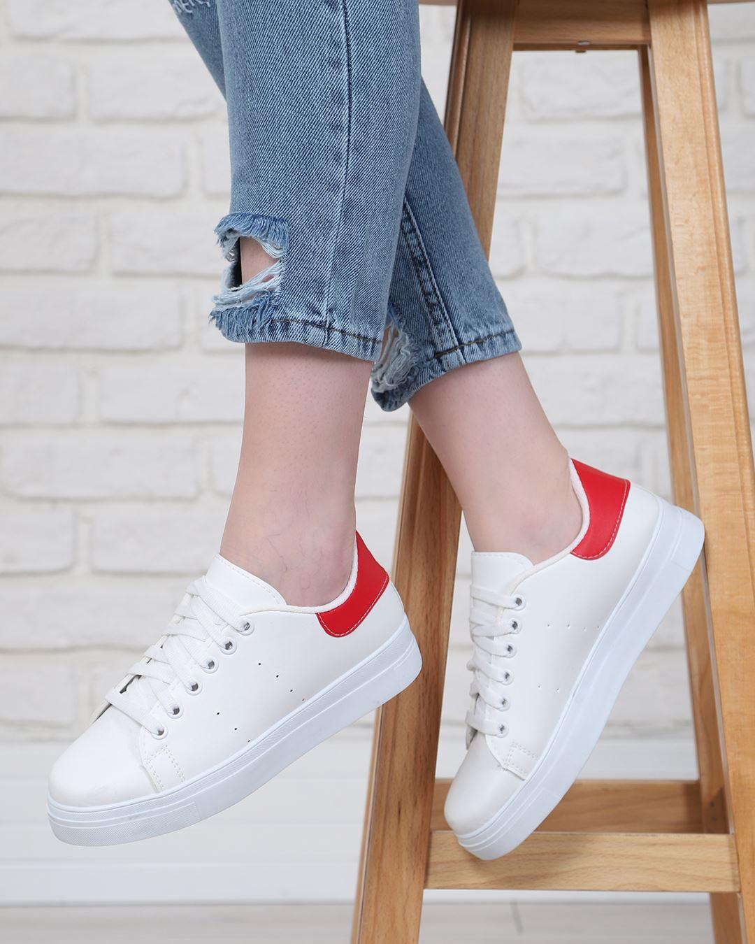 Beyaz Arkası Kırmızı Spor Ayakkabı AYK006