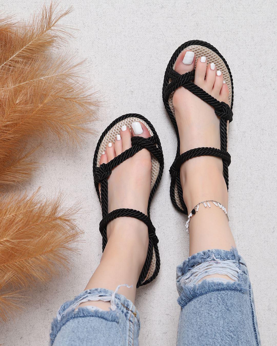 Siyah Parmak Arası Halat Sandalet SND017