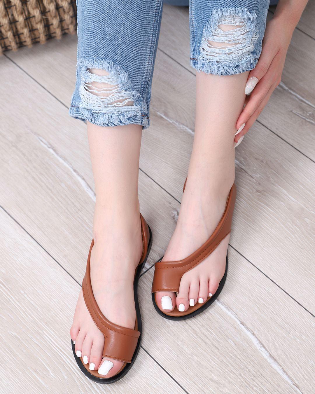 Kahverengi Parmak Arası Sandalet SND085