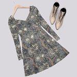 V Yaka Çiçek Desenli Elbise ELB401